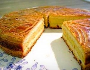 Gâteau Basque with cream filling